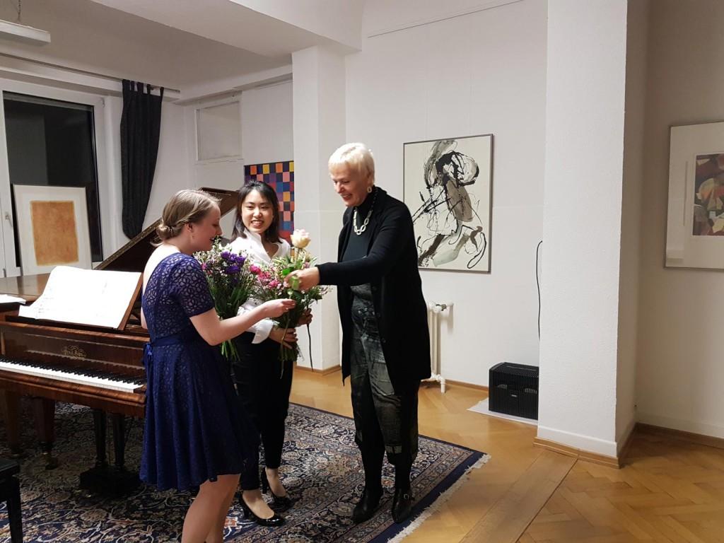 Marie-Sophie-Richter-und-Wei-Lee-und-Gabriele-Paqué-2017-1