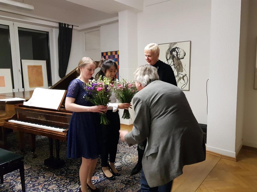 Marie-Sophie-Richter-und-Wei-Lee-und-Gabriele-Paqué-2017-2