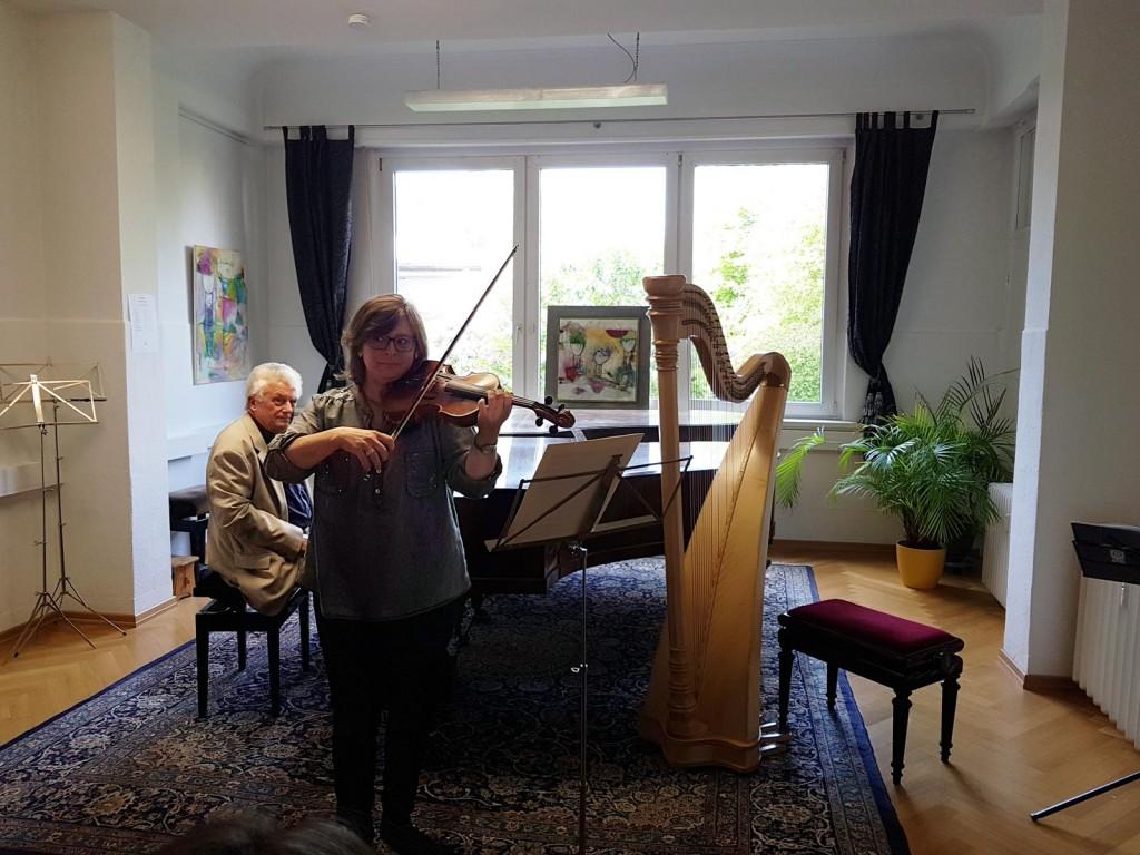 Schülerin-Wasgindt-Gotthard-Kladetzky-DTKV-Konzert-2017